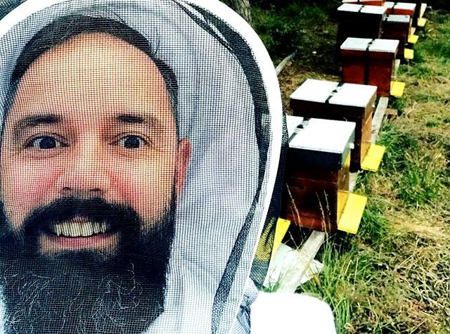 Ramon Brugman Met Zijn Bijen
